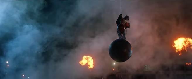 Fast & Furious 8 chính thức cho ra lò MV nhạc phim Go Off (2)