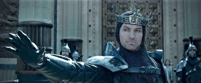 Dàn nam thần Hollywood góp mặt trong King Arthur: Legend of the Sword (3)
