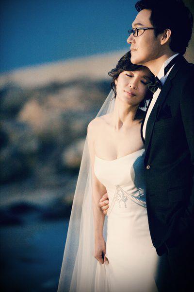 """Ngắm bộ ảnh cưới """"hiếm hoi""""của Park Sung Woong và Shin Eun Jung (3)"""