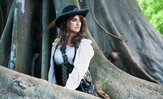 Ngắm dàn mỹ nhân siêu quyến rũ trong series Pirates of the Caribbean (8)