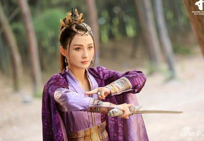 """Ngắm dàn nữ phụ đẹp đến xiêu lòng của """"Trạch Thiên Ký"""" (3)"""