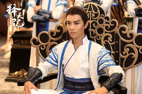 """Không phải Luhan, dàn nam phụ """"Trạch Thiên Ký"""" mới là những nam thần cực phẩm (13)"""