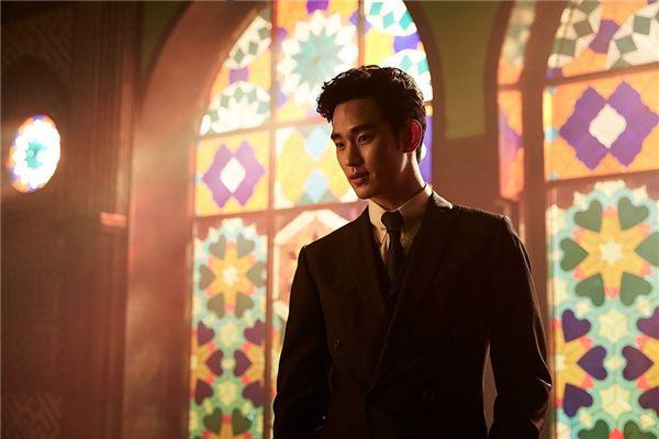 Sulli cực xinh đẹp sánh vai bên mỹ nam Kim Soo Hyun (6)