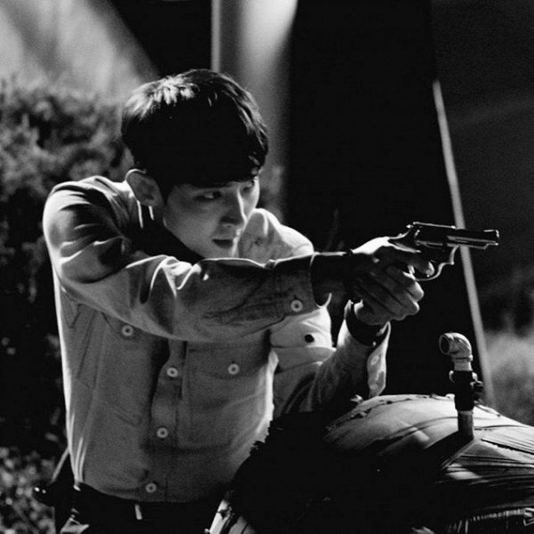 Lee Jun Ki cool ngầu trong phim hình sự Criminal Minds (4)