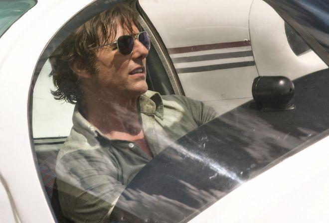 """3 điều cần biết về gã """"ma cô"""" láu cá Tom Cruise trong """"American Made"""" (2)"""