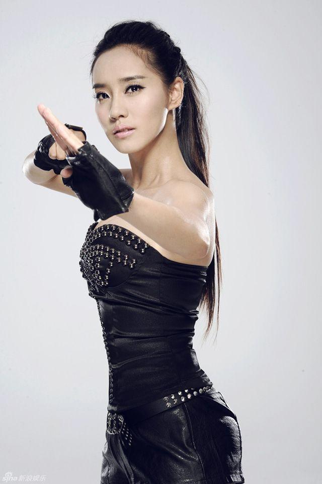 Ngắm thân hình gợi cảm của 2 đả nữ Trung Quốc thế hệ mới (14)