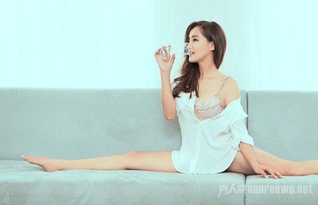 Ngắm thân hình gợi cảm của 2 đả nữ Trung Quốc thế hệ mới (2)