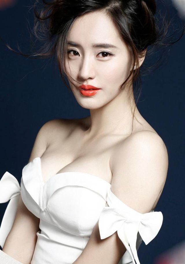 Ngắm thân hình gợi cảm của 2 đả nữ Trung Quốc thế hệ mới (3)
