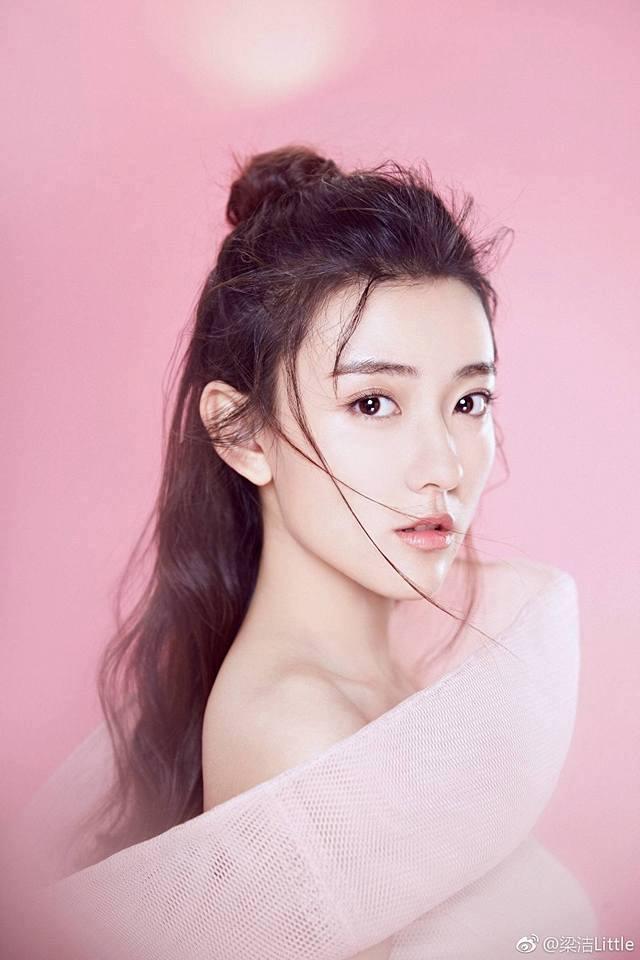 Những điều ai ai cũng muốn biết về nữ diễn viên Lương Khiết (2)
