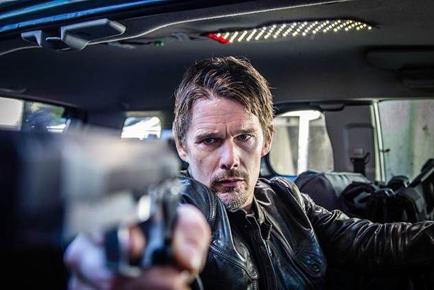 """""""24 Giờ Hồi Sinh"""" tung trailer hé lộ sự thật kinh hoàng của mật vụ Conrad (2)"""