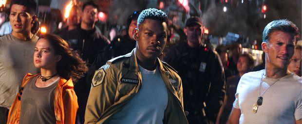 """""""Pacific Rim Uprising"""" tung trailer cháy nổ mãn nhãn y hệt """"Transformers"""" (3)"""