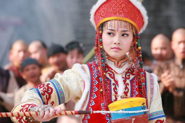 """Sài Bích Vân: Nữ phụ xinh đẹp """"hót hòn họt"""" của Hạ chí chưa tới (4)"""