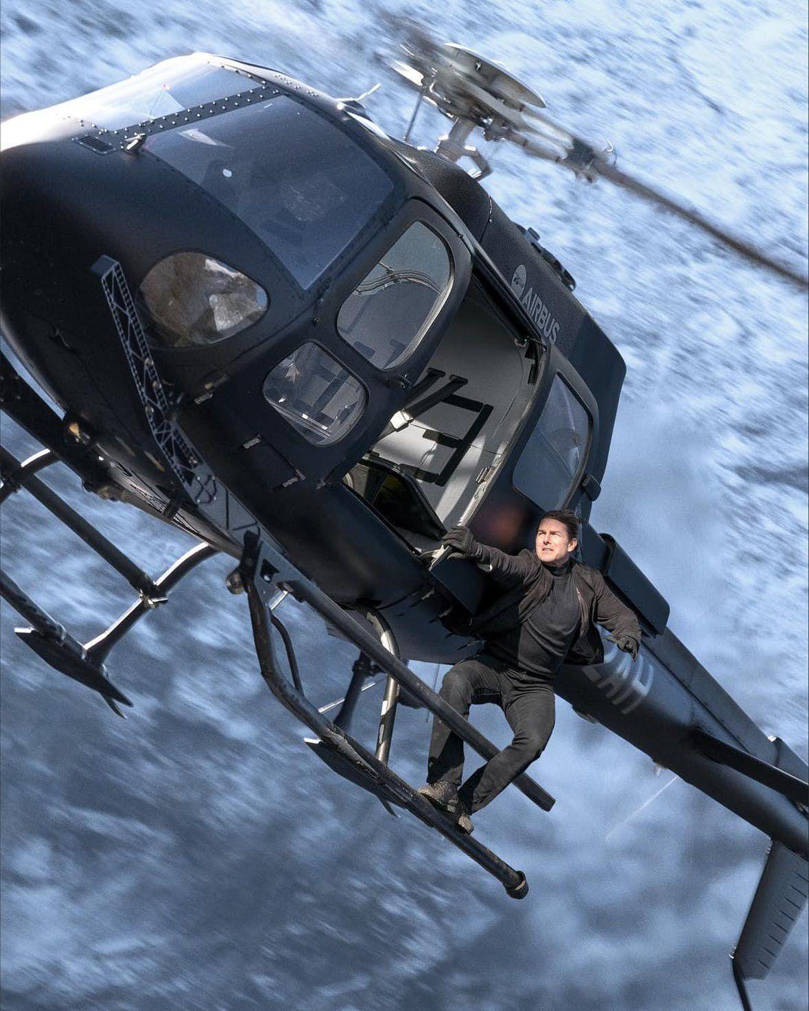 Hết đu máy bay, Tom Cruise lạiđu trực thăng trong Mission: Impossible 6 - Fallout (1)