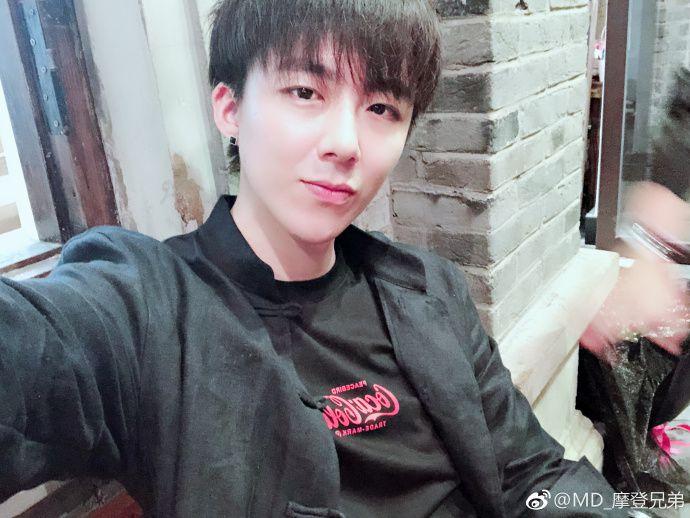 Đôi chút về chàng trai siêu cute Lưu Vũ Ninh mà ai cũng muốn biết (5)