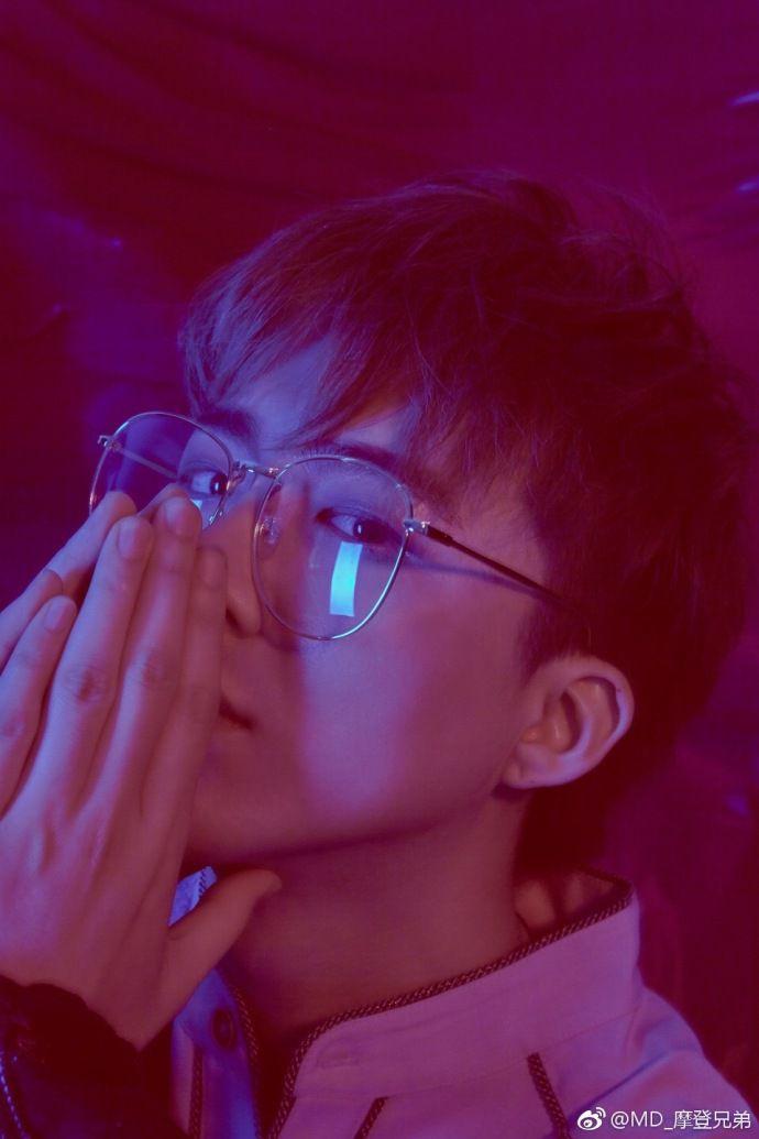 Đôi chút về chàng trai siêu cute Lưu Vũ Ninh mà ai cũng muốn biết (8)