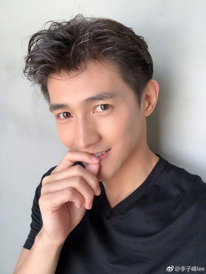 Lý Tử Phong profile, thông tin tiểu sử nam diễn viên Li Zifeng (2)