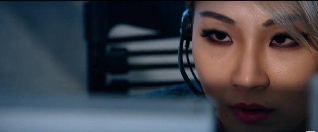 Phim hành động Mile 22 tung trailer kịch tính, CL (2NE1) xuất hiện lạnh lùng (7)
