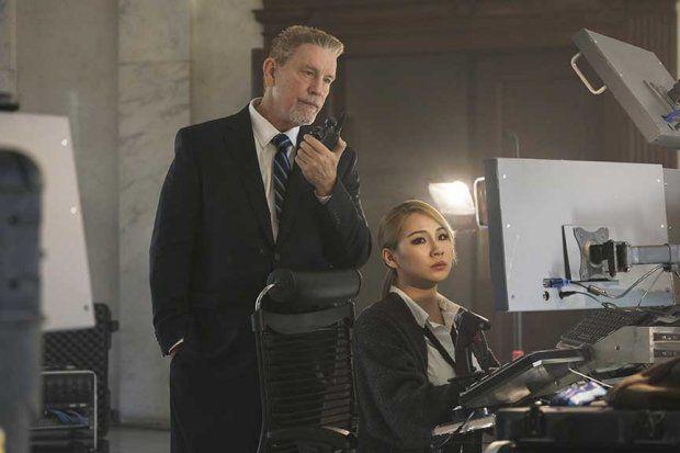 Phim hành động Mile 22 tung trailer kịch tính, CL (2NE1) xuất hiện lạnh lùng (8)