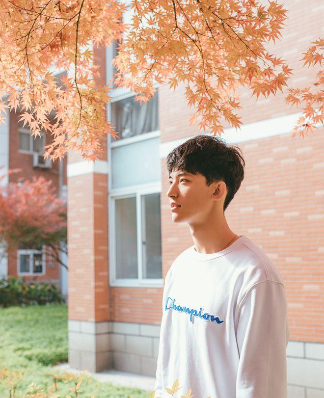 Thường Ưu Tú: Hot boy Tik Tok Trung Quốc gây sốt bởi nụ cười tỏa nắng (11)