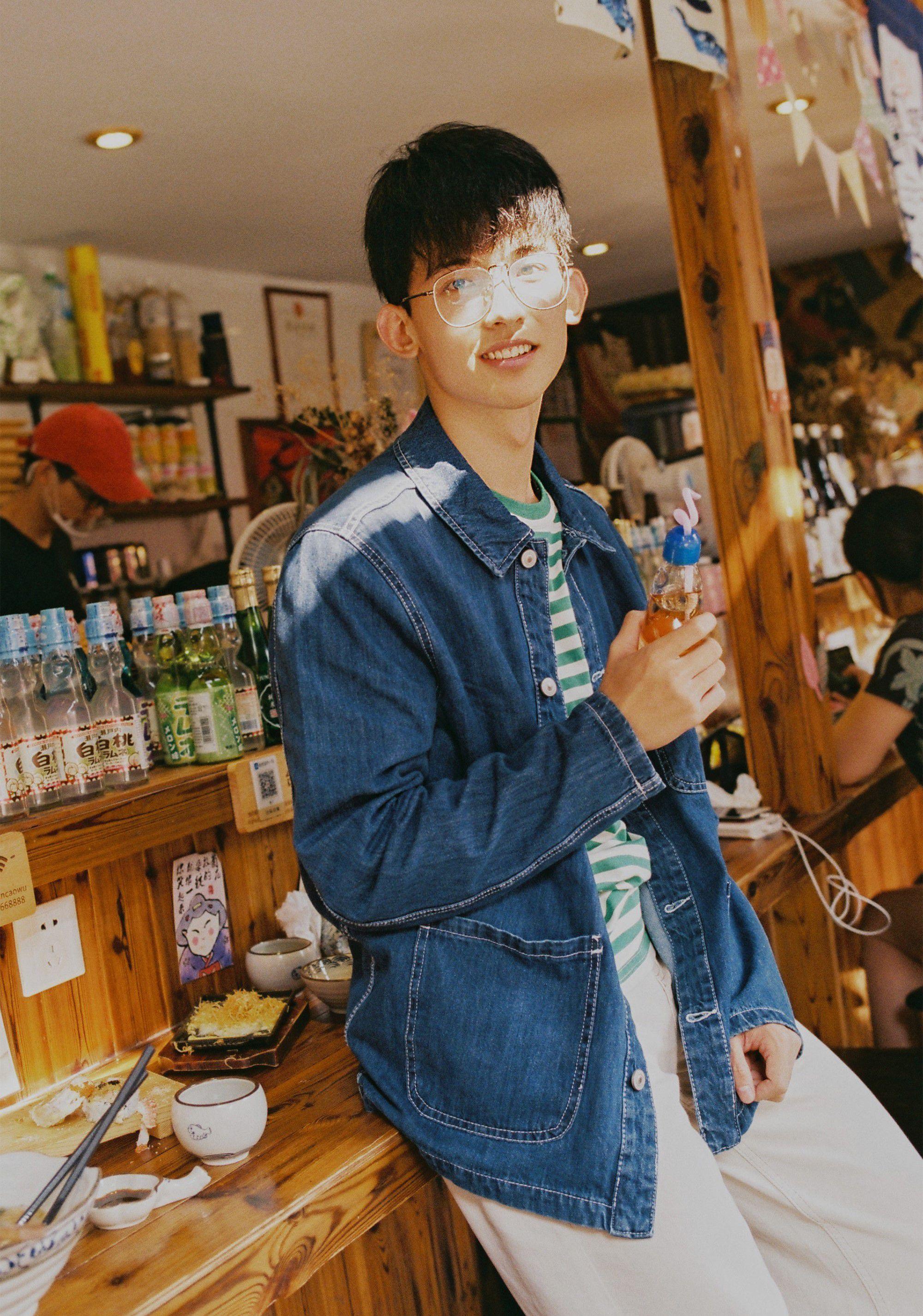 Thường Ưu Tú: Hot boy Tik Tok Trung Quốc gây sốt bởi nụ cười tỏa nắng (7)