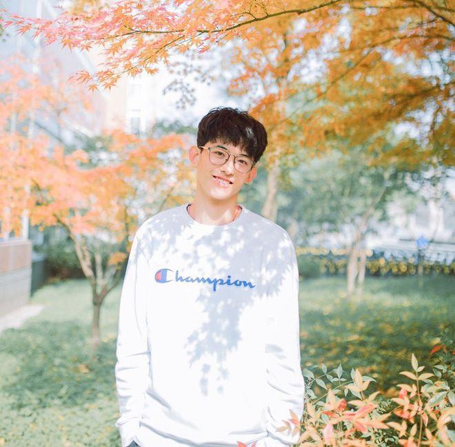 Thường Ưu Tú: Hot boy Tik Tok Trung Quốc gây sốt bởi nụ cười tỏa nắng (10)