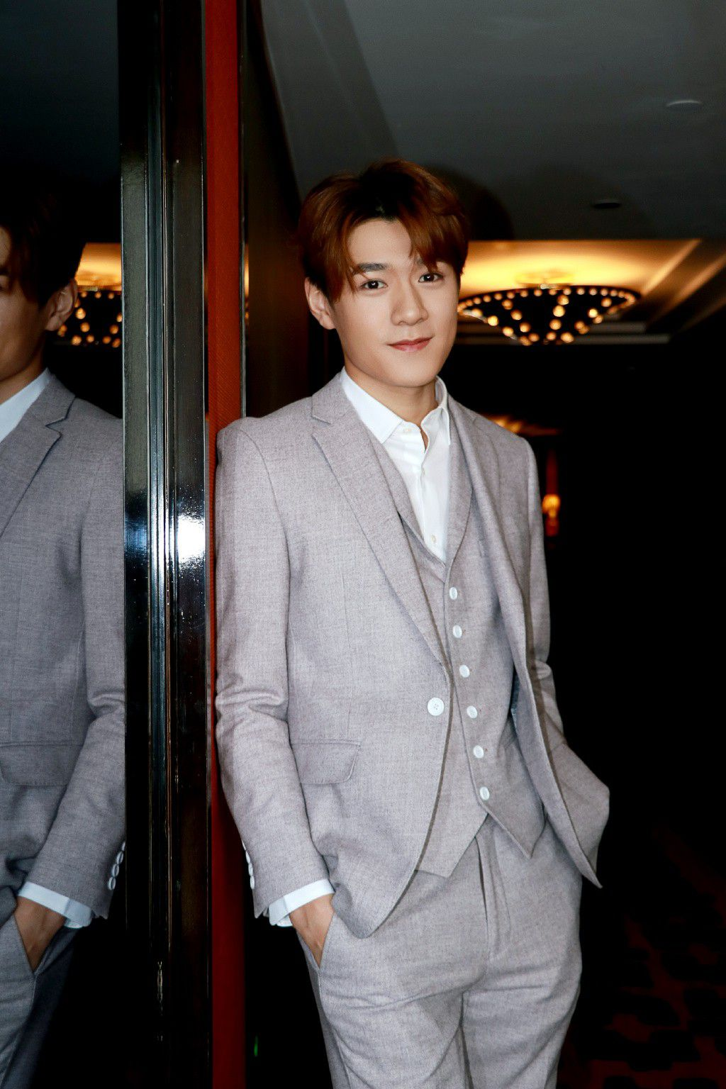 """Từ Khai Sính & dàn diễn viên siêu hot của hit """"Tại sao boss muốn cưới tôi"""" (14)"""