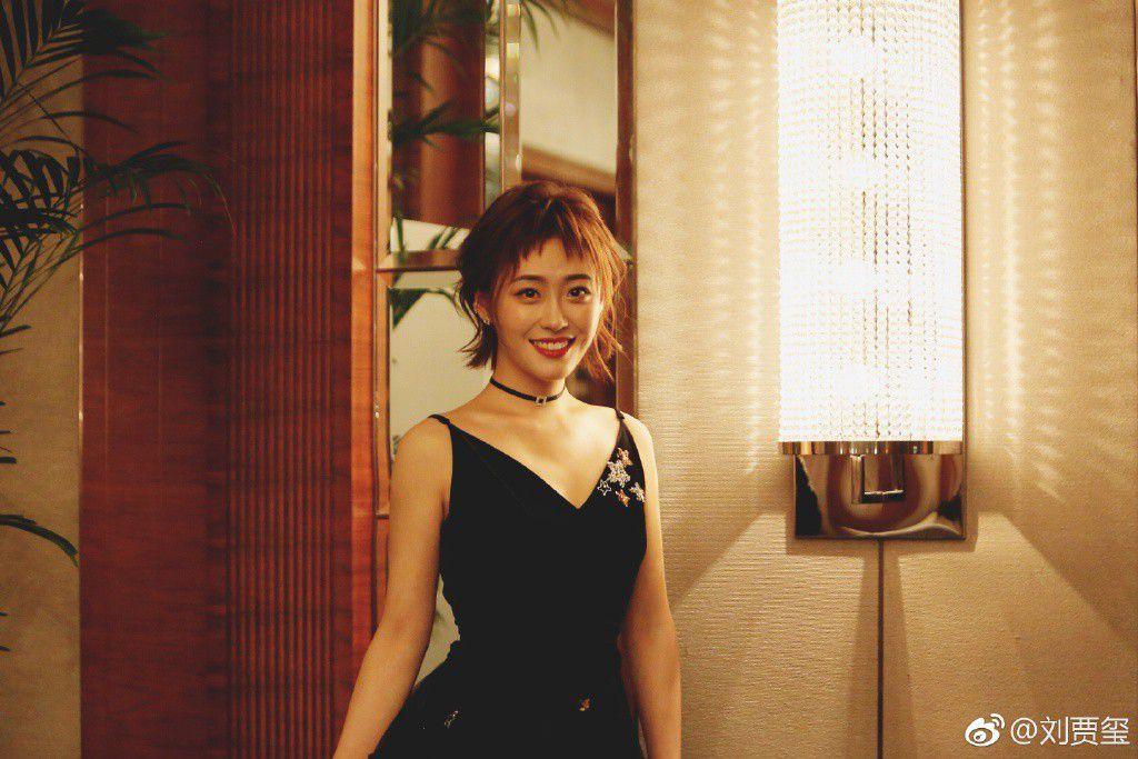 """Từ Khai Sính & dàn diễn viên siêu hot của hit """"Tại sao boss muốn cưới tôi"""" (26)"""