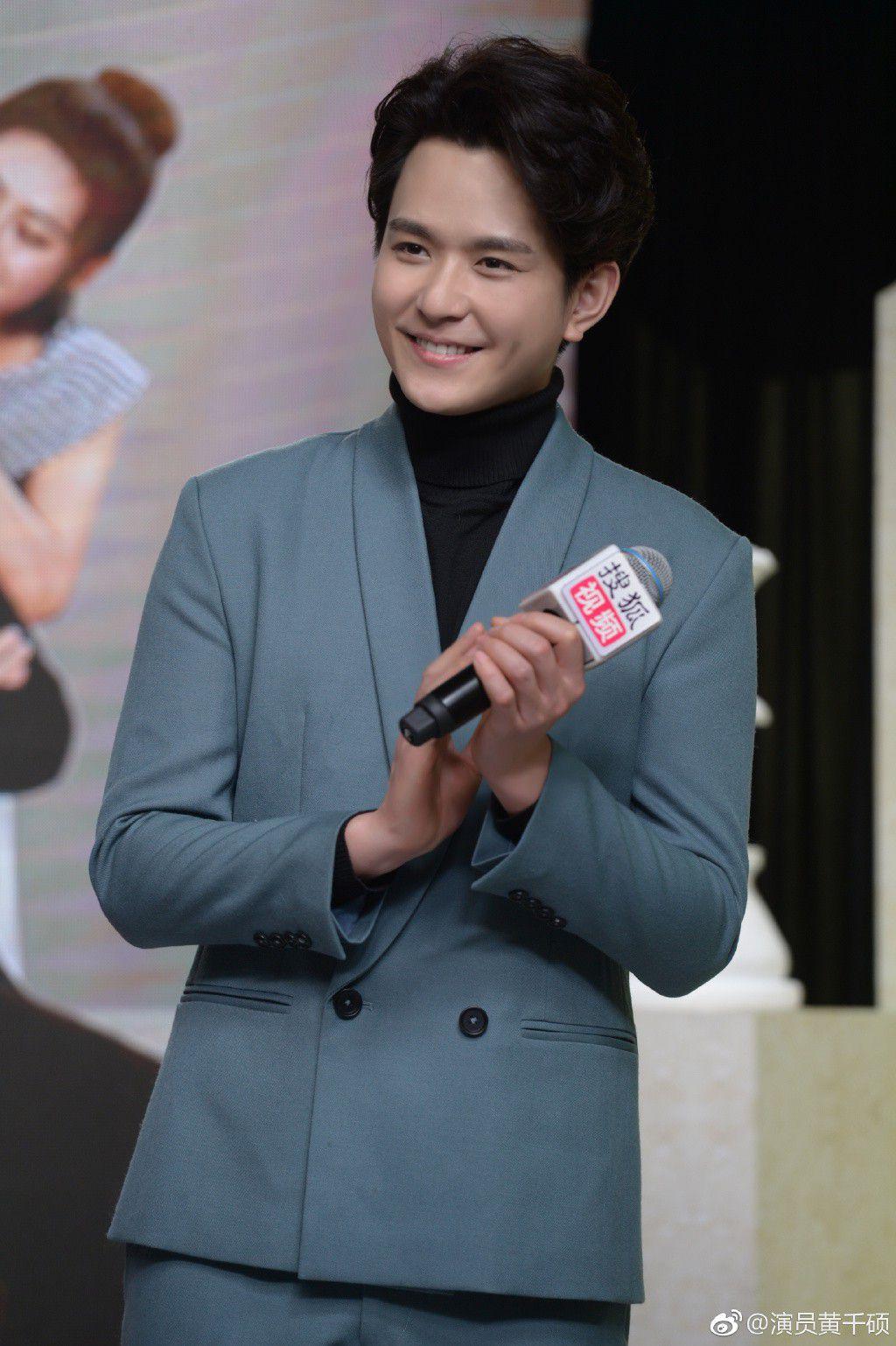 """Từ Khai Sính & dàn diễn viên siêu hot của hit """"Tại sao boss muốn cưới tôi"""" (29)"""