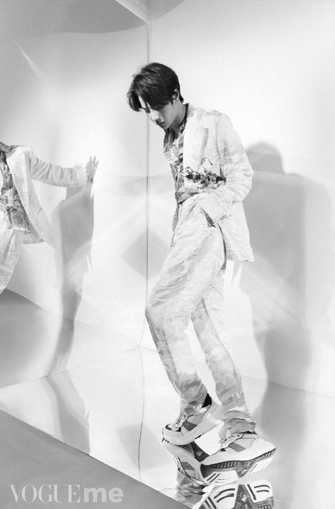 Vương Nhất Bác Profile: Thông tin tiểu sử chàng út của nhóm nhạc UNIQ (11)