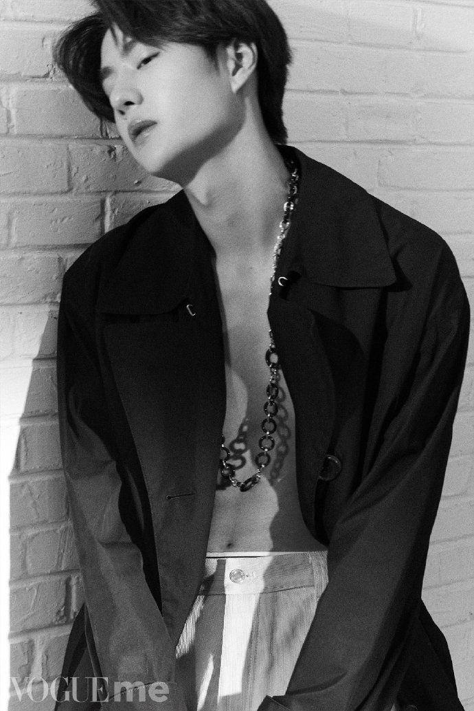 Vương Nhất Bác Profile: Thông tin tiểu sử chàng út của nhóm nhạc UNIQ (12)