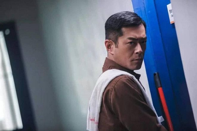 """Phim """"Đội chống tham nhũng"""" gây bão bởi dàn nam thần TVB đình đám (2)"""