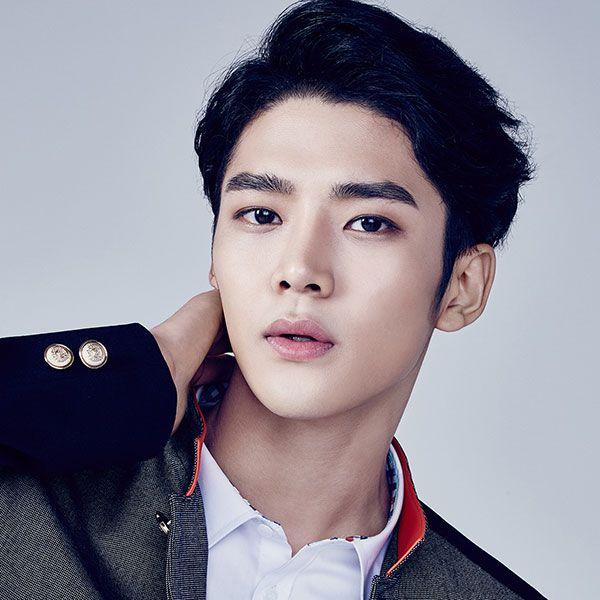 Profile Rowoon: Nam thần đẹp trai không tên bí ẩn của Extraordinary You (2)