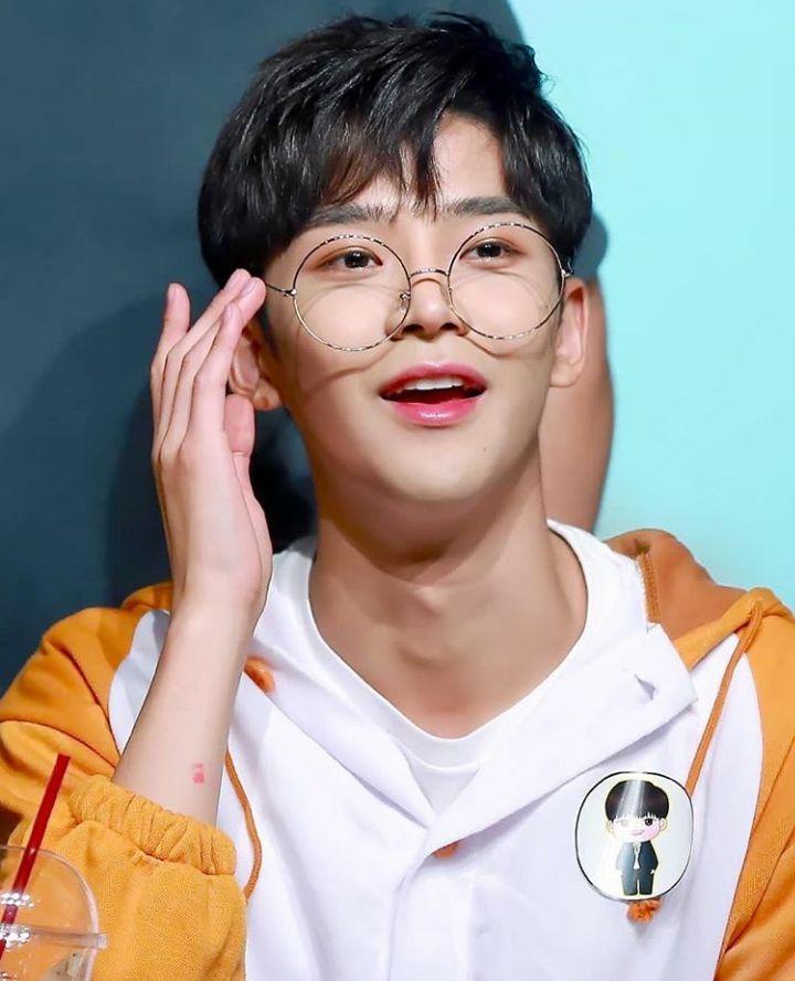 Profile Rowoon: Nam thần đẹp trai không tên bí ẩn của Extraordinary You (5)