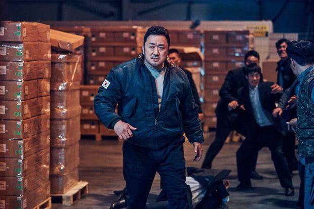Review phim Biệt Đội Bất Hảo: Cuộc chiến đẫm máu kinh hoàng suốt 117 phút (4)