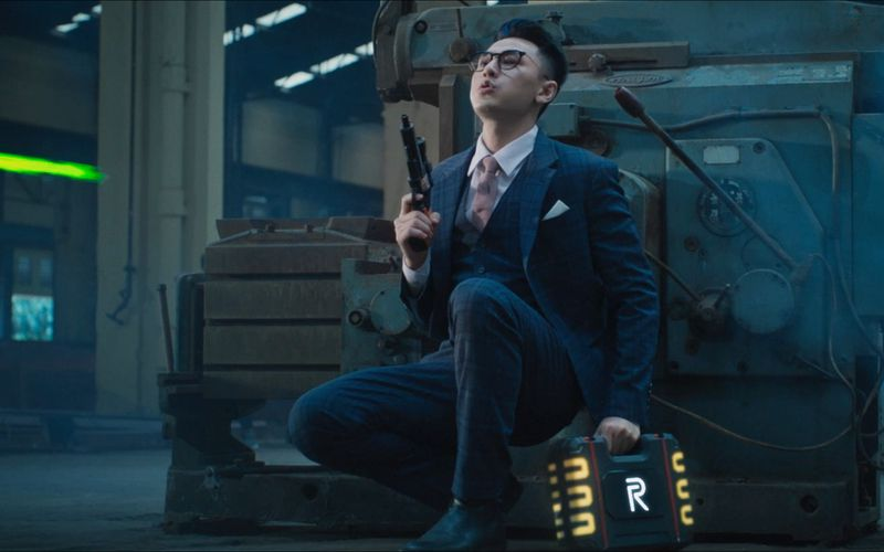 Vũ khí tối thượng: Phim hành động mới của Isaac chính thức lên sóng (1)