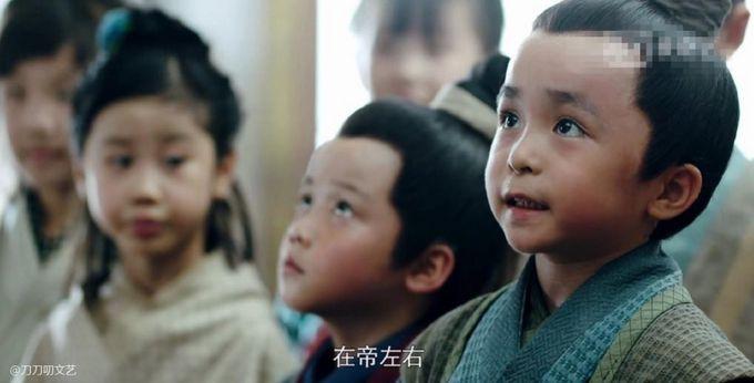 Bộ ba diễn viên nhí đầy tài năng trong phim Lấy danh nghĩa người nhà (11)