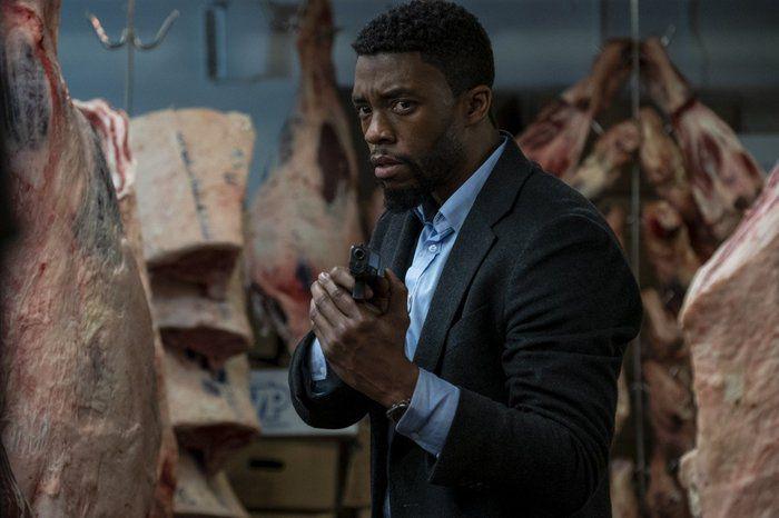 """Phim hành động trinh thám 21 Bridges nhạt nhòa dù có """"Black Panther"""""""